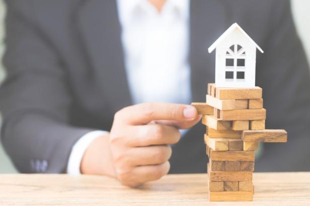 riesgo-inversion-e-incertidumbre-mercado-inmobiliario-inmobiliario-inversion-propiedades_17047-303.jpg